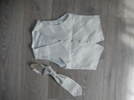 Boys Vest Waistcoat and Tie Wedding Christmas 8-9 years