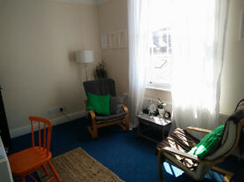Counselling / therapy room available weekends. Rodney street. Half days and Full days available