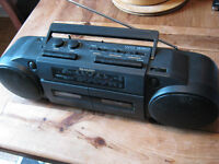 SHARP WQ-280 Ghetto Blaster / Boom Box - Tape / Cassette / Radio LM MW SW FM