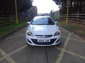 Vauxhall Astra Elite CDTi 5dr (white) 2014