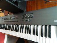 Roland RS 50 keyboard /Roland Cube 15xl
