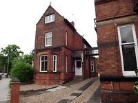 Penthouse Studio Apartment near Victoria Park Leicester