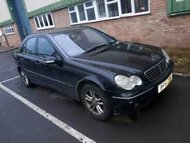 Breaking for spares Mercedes-Benz