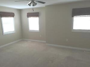 Beautiful 3bdrm *NW*Finished basement*Viewing Sat Dec3* London Ontario image 7