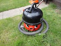 henry hoover for spares or repair will not switch on
