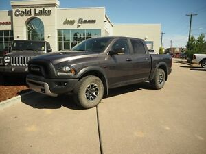2015 RAM 1500 REBEL, PRACTICALLY NEW, OFFROAD READY, SUNROOF