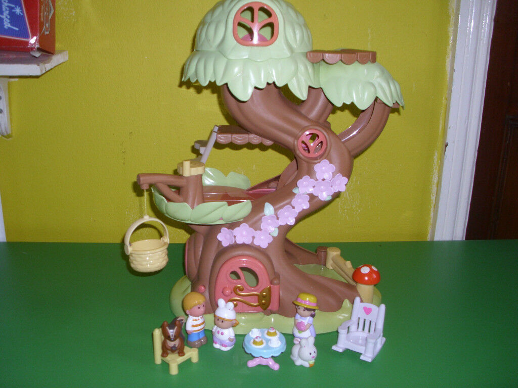 EARLY LEARNING CENTRE 'HAPPYLAND' LARGE TREE HOUSE