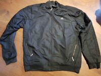 ADIDAS BLACK TRACKSUIT XL USED BUT IN GOOD CONDITION
