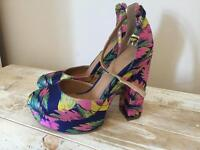 Asos size 6 chunky platform high heels
