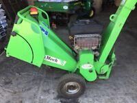 Green mech cs100 chipper.
