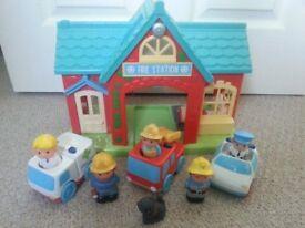 HAPPYLAND: Firestation / London Bus / Village / Train set / Funfair