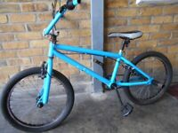 BOYS BMX BIKE - 5 TO 12 YEARS OLD
