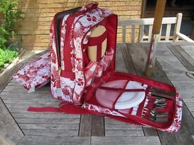 Picnic set backpack, gorgeous and in new condition