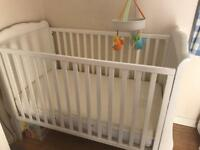 Beautiful baby cot and toddler bed