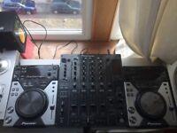 DJ BUNDLE - PIONEER USB CDJS + DJM800 + TURNTABLES
