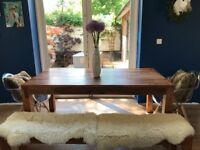 Contemporary Mango Wood dining table - excellent condition
