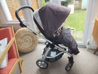 SOLA pushchair and carrycot from Mamas & Papas
