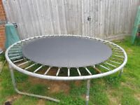 Trampoline 8ft FREE TO COLLECT