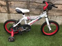 "12"" Avigo Bike with stabilisers"