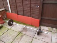 7ft Olympic Bar with 40kg Cast Iron Weights