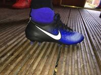 Size 4 junior sockboots ~football boots~