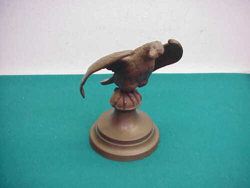 Bronze old flying Eagle flag post topper