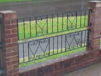 6 x Wrought iron garden fencing/rails