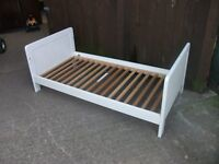 Childs bed Mamas & Papas white no mattress delivery available £15