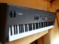 Yamaha S80 Synthesizer Workstation Keyboard Baden-Württemberg - Rastatt Vorschau