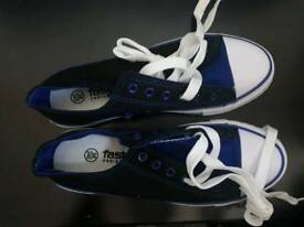 Black and blue ladies cotton trainers