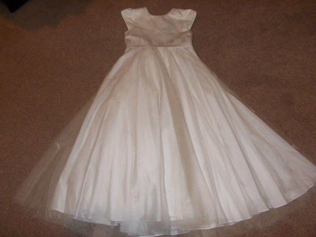 Debenhams girls bridesmaid dress and cape in lanark south debenhams girls bridesmaid dress and cape ombrellifo Image collections