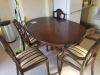 Veneer extendable table with 6 chairs