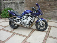 Yamaha FZS1000 Fazer. Full set Krauser luggage. Corbin style seat. Heated grips. Year MOT