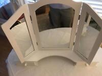 Dressing table mirror . NEW