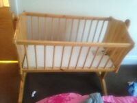 Swinging crib & matteress excellent condition open to offers