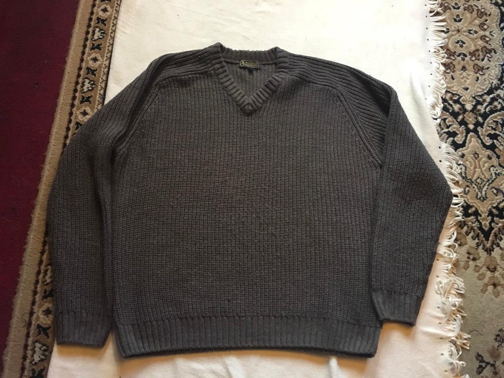 P.G.FILED men's wool jumper V neck Sz L brown £3 used