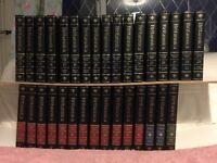 Encyclopaedia Britannica 15th edition in 32 volumes. Printed 1986