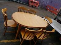 Light oak excentable table and 6 chairs