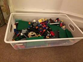 Box of Assorted Lego