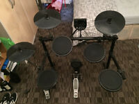 Alesis DM6 electronic drums + stool and sticks