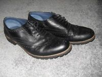 'Redfoot' mens brogue style black shoes