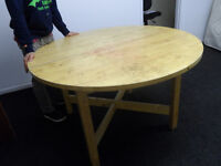 DINING TABLE EXTENDABLE SOLID STRONG SEPARATES EASY SOLID QUARE BASE TRAFFORD PARK M17 1SG DELIVER