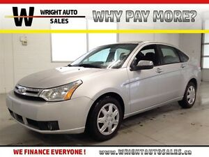 2010 Ford Focus SE  SYNC  HEATED SEATS  BLUETOOTH  74,917KMS