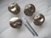 Door handles in silver