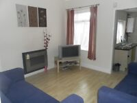 3 Bed furnished, refurbished £725 per month Available now!