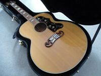 Gibson SJ200 - J200 - Gibson Acoustic Guitar 2002 with Kinsman case & strings