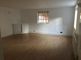 2 bed coach house, central Leamington Spa