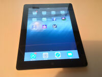 Apple iPad 3 32GB 9.7. Retina Display WIFI - With apple Cable, Plug & Original Box