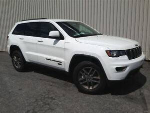 2017 Jeep Grand Cherokee 75 Ieme Anniversaire +Hitch+