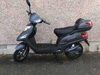 **NEW** e rider electric scooter only 1 month old £1000 Ono
